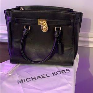 Michael Kors Hamilton in Black